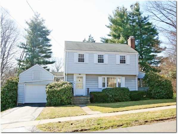 29 Greystone Road, West Hartford
