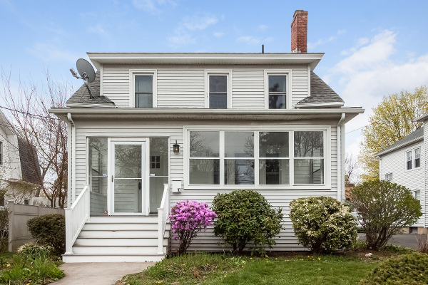 93 Lancaster Rd, West Hartford