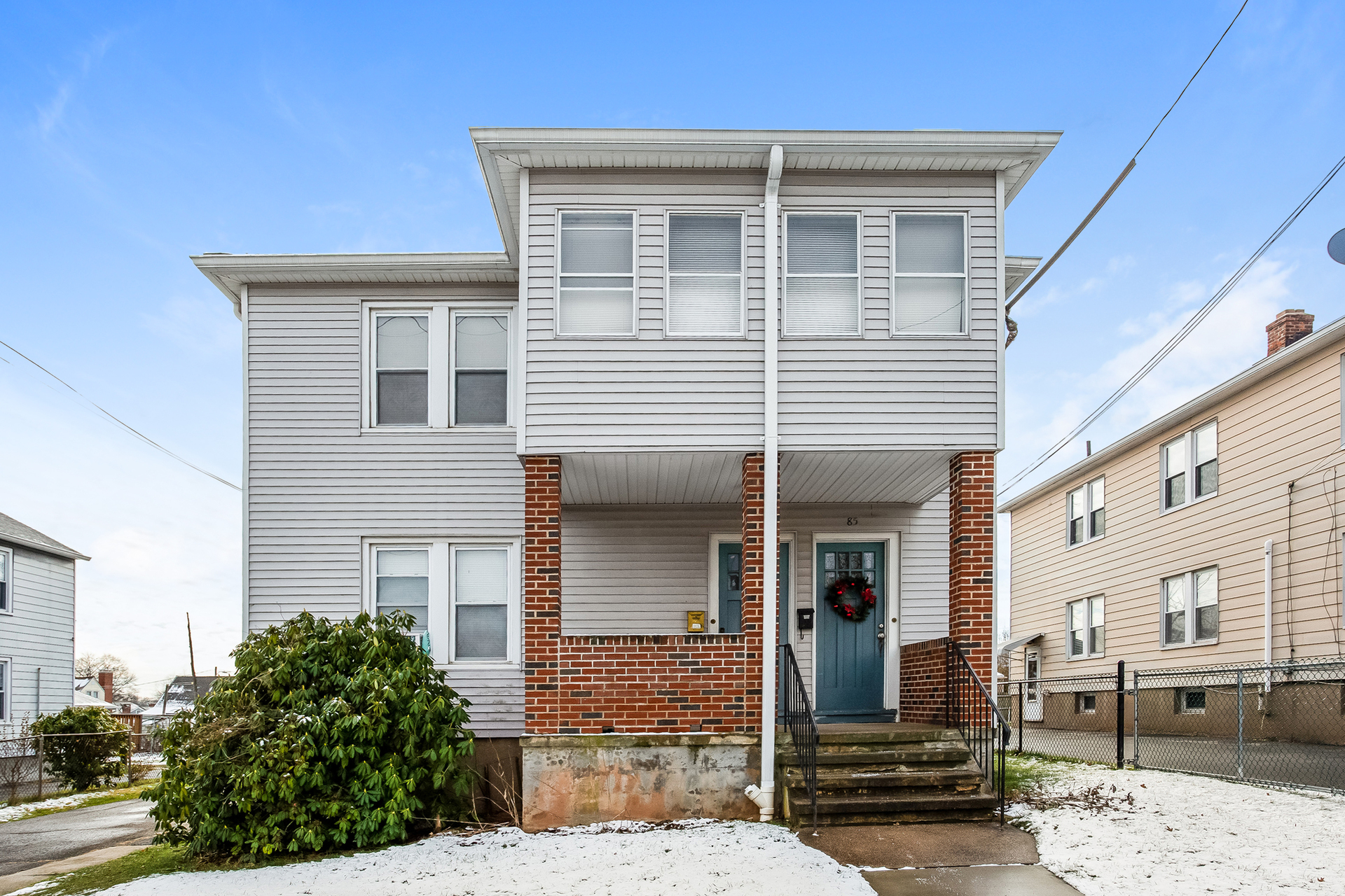 83-85 Cowles Street, Hartford