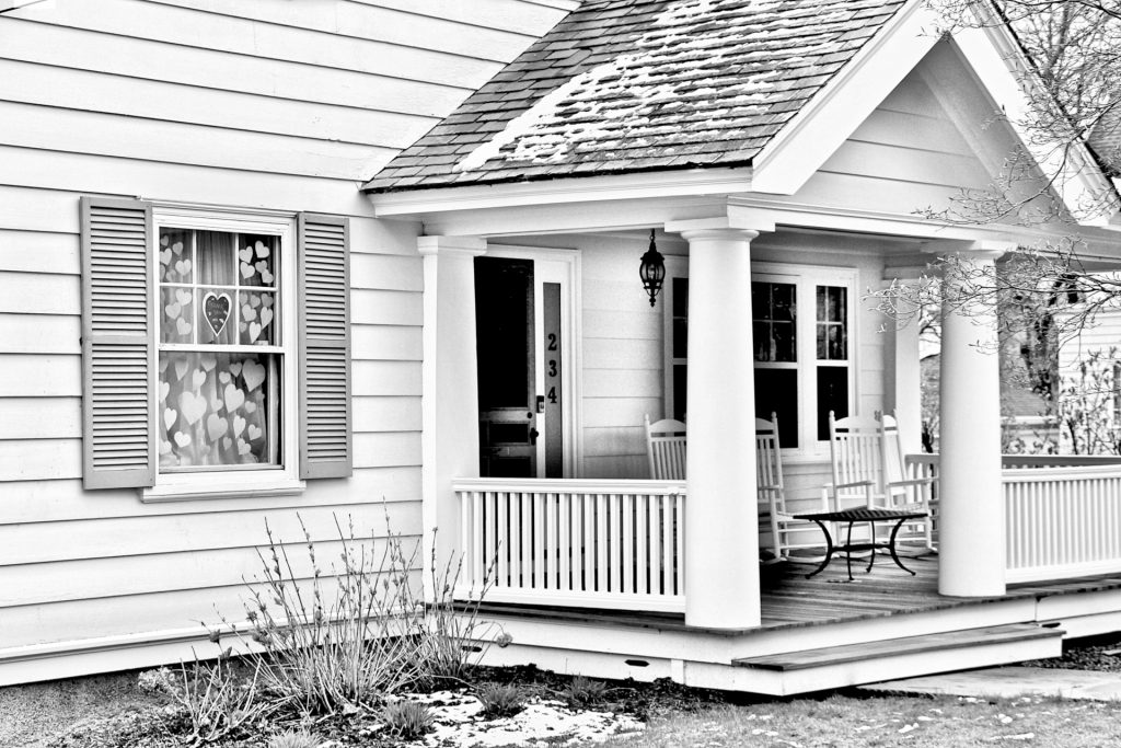 Porch 9155 BW 1920